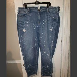 Destructed boyfriend paint splatter jeans